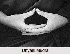 1476913636_dhyani_mudra_1.jpg